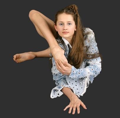 Скачать альбомы гимнастка акробатка злата 2 фотография