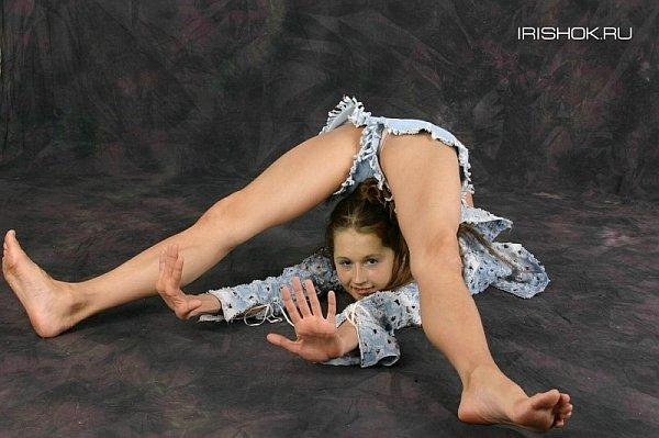 гибкие гимнастки фото